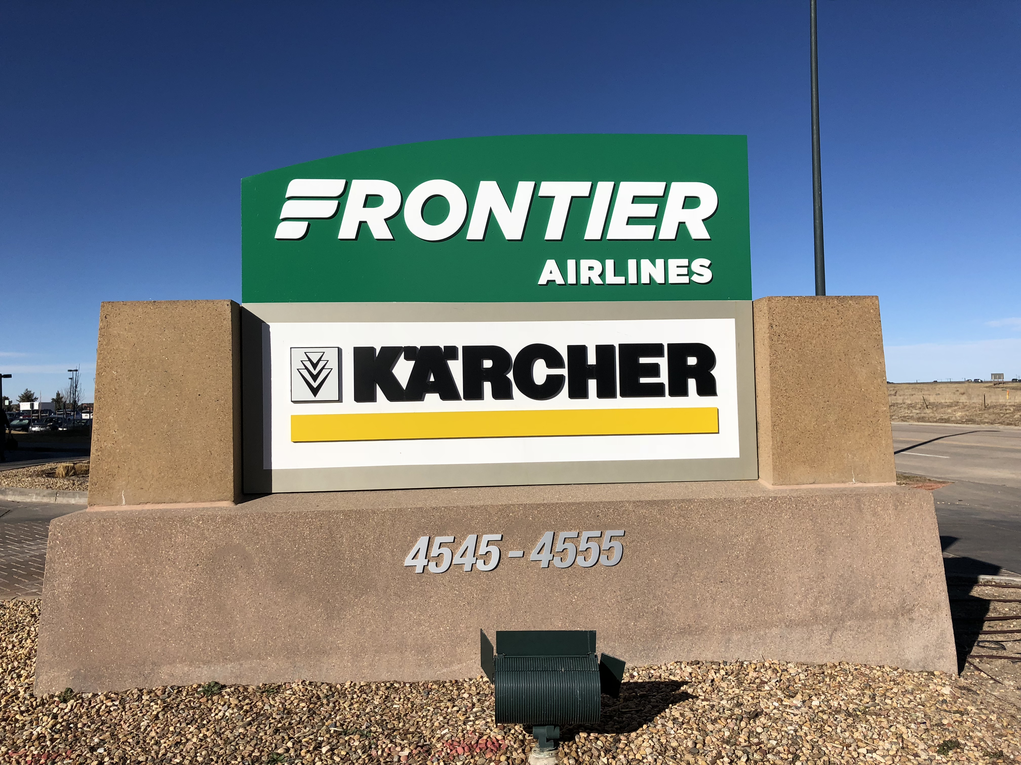 Frontier Airlines 2