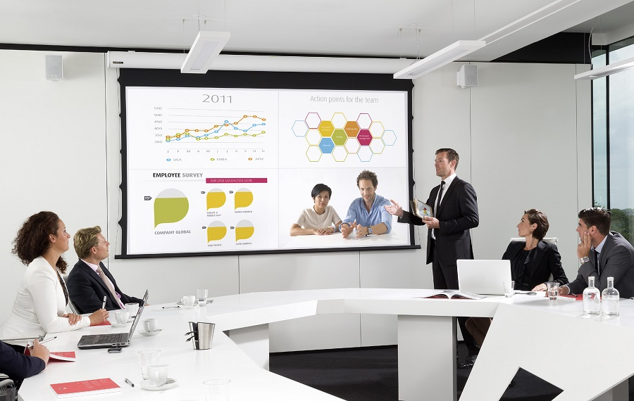 What You Need to Know About Wireless Presentation Technology