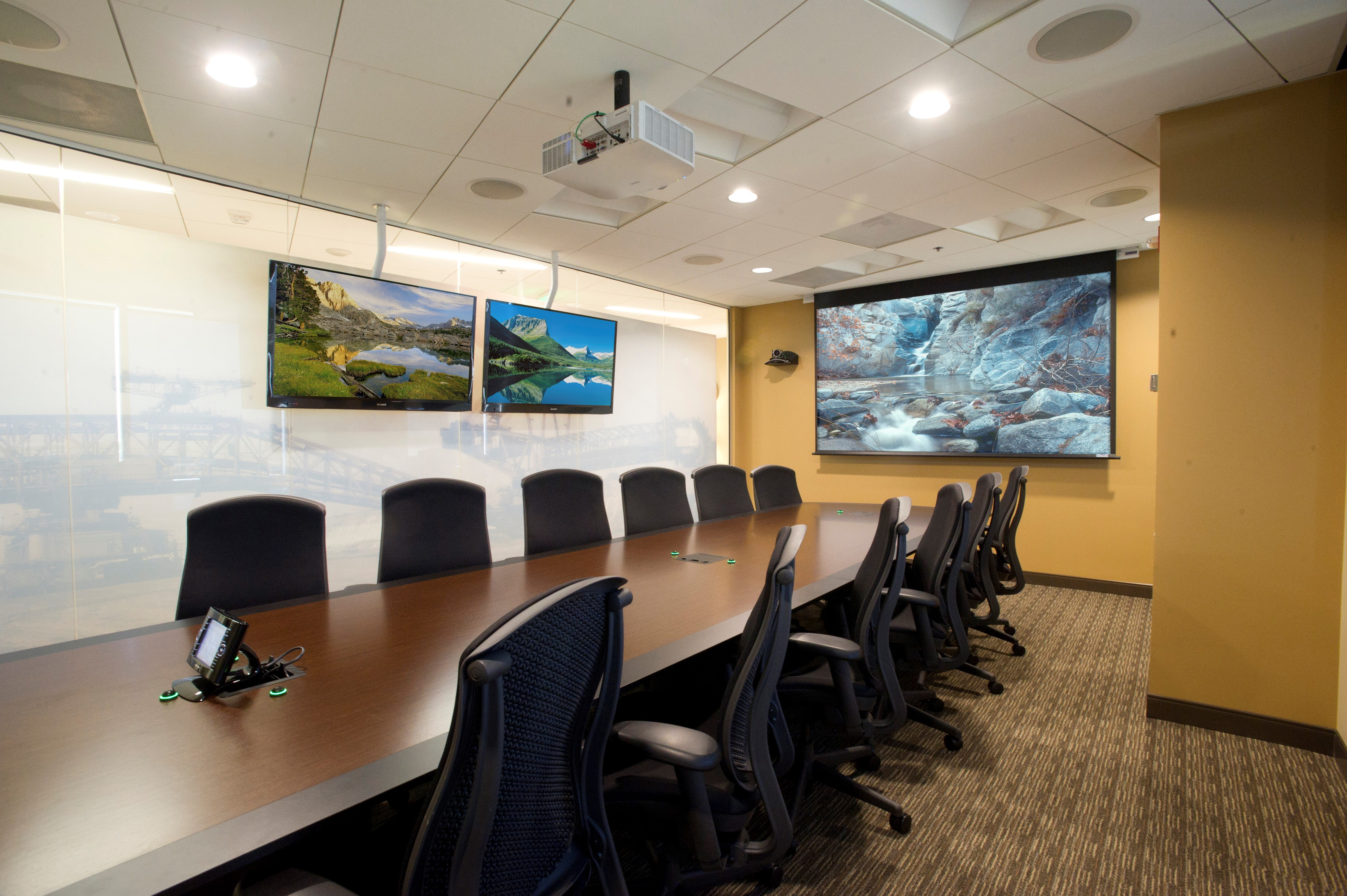 What Can You Control With Your Boardroom Automation System?